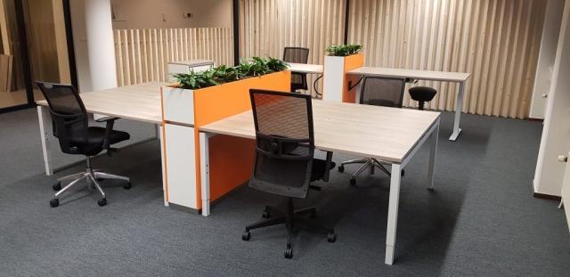 Privacy kantoorinrichting plantenbakken